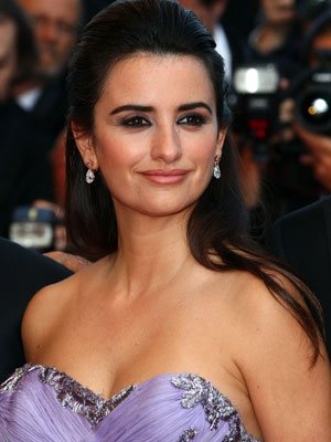 Penelope Cruz Hair, Long Hairstyle 2011, Hairstyle 2011, New Long Hairstyle 2011, Celebrity Long Hairstyles 2222